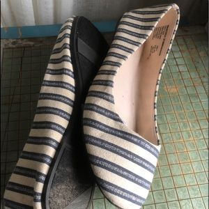 Blue Striped Ballet Flats